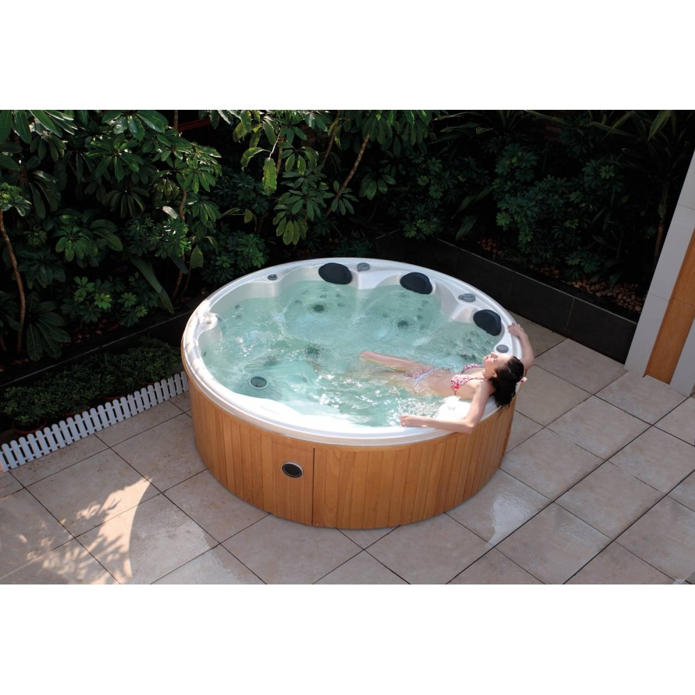 Spa jacuzzi exterior as 006 web del hidromasaje for Piscina jacuzzi exterior