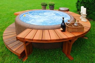 otra de las cosas a tener en cuenta es si pretendemos que nuestra piscina se transforme o no en un jacuzzi aunque si estamos pensando en
