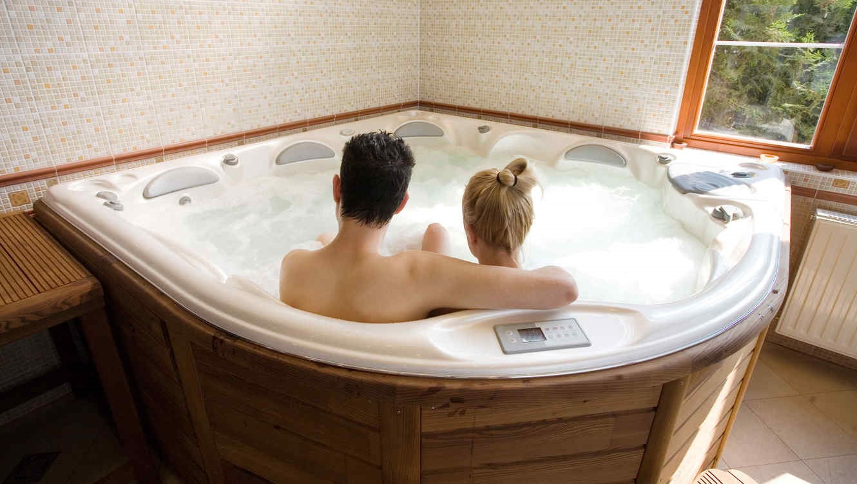 Blog del hidromasaje piscinas para espacios for Medidas de jacuzzi