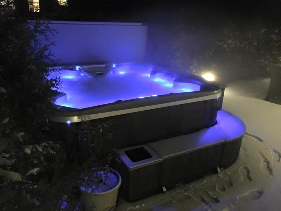 Blog del hidromasaje piscinas peque as para jard n el for Jacuzzi piscina exterior