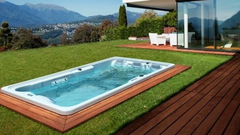Piscina para terraza frente a la piscina tradicional