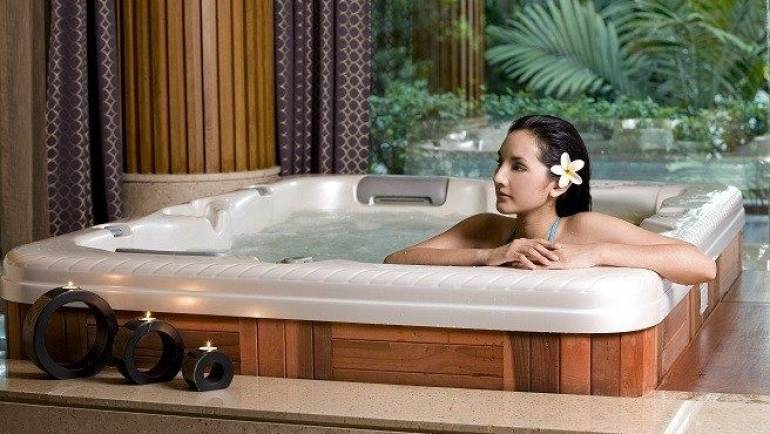 Bañeras de hidromasajes + yoga= relax total